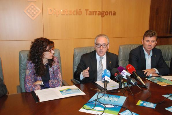 The mayor of Cambrils and the chairman of the council.