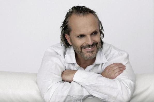 Miguel Bosé in the Festival of Music in Cambrils