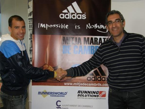 The Basque athlete Martin Fiz part in the Mitja Marathon of Cambrils