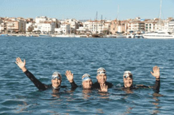 Four of Cambrils Swimming Club swimmers will cross the Strait of Gibraltar