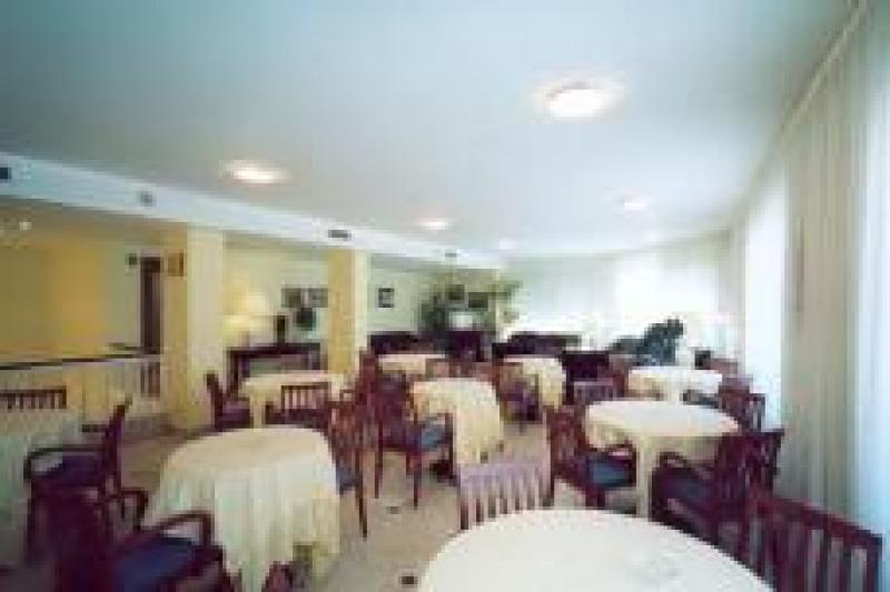 Hotel pr ncep for Hotel familiar cambrils